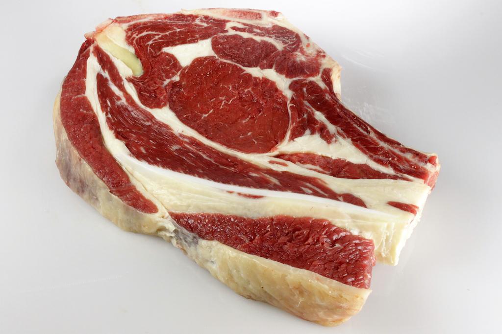 Hohe Rippe vom Rind, ca. 1 kg im Stück